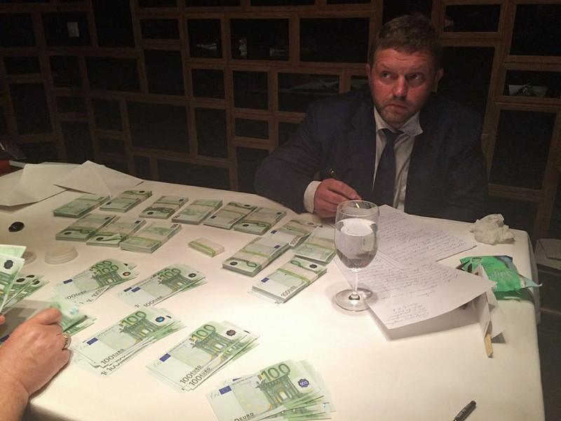 Бизнесмен, передавший взятку Никите Белых, раскрыл подробности сотрудничества с ФСБ
