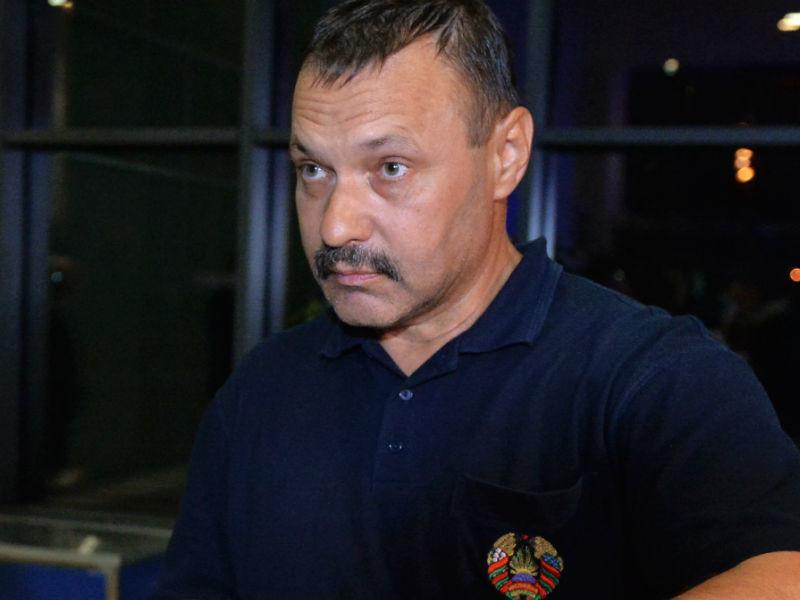 Белорусу, пронесшему флаг РФ на Паралимпиаде, подарят квартиру в Москве