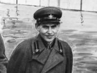 В Сургуте на митинге памяти жертв репрессий задержали сталинистов с портретами Ежова и Ягоды