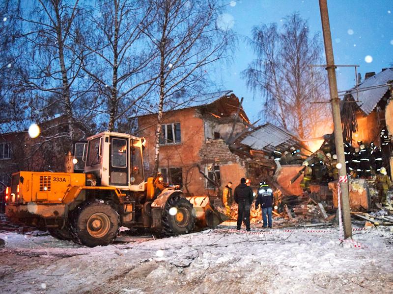 Взрыв бытового газа в двухэтажном кирпичном трехподъездном доме в Иваново произошел в 04:15 воскресенья