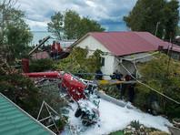В Сочи вертолет упал на частный дом, один человек погиб