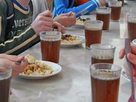 В Пермском крае 40 младшеклассников отравились, пообедав в школьной столовой