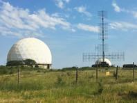 Корреспондент Reuters за неделю пребывания в Крыму посетил 18 военных объектов, включая военно-морские базы, радиолокационные станции и аэродромы.