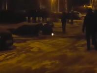В Уфе провалившийся в яму на стоянке автомобиль унесло грунтовыми водами