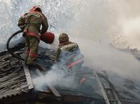 В Калуге сотрудницы Росгвардии вытаскивали из горящего дома людей и баллоны с газом
