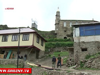 """Аварец, бежавший из Чечни и постоянно менявший места ночевки, чтобы его не похитили и не """"отвезли к Кадырову"""", объявил, что возвращается в родное село, и назвал свой видеоролик о коррупции в регионе и плачевном состоянии Кенхи """"ошибкой"""""""
