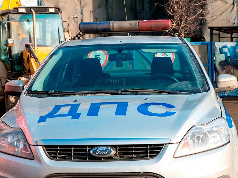 В Красноярске наркоманы на Scoda устроили гонки с полицией и в итоге протаранили машину ДПС
