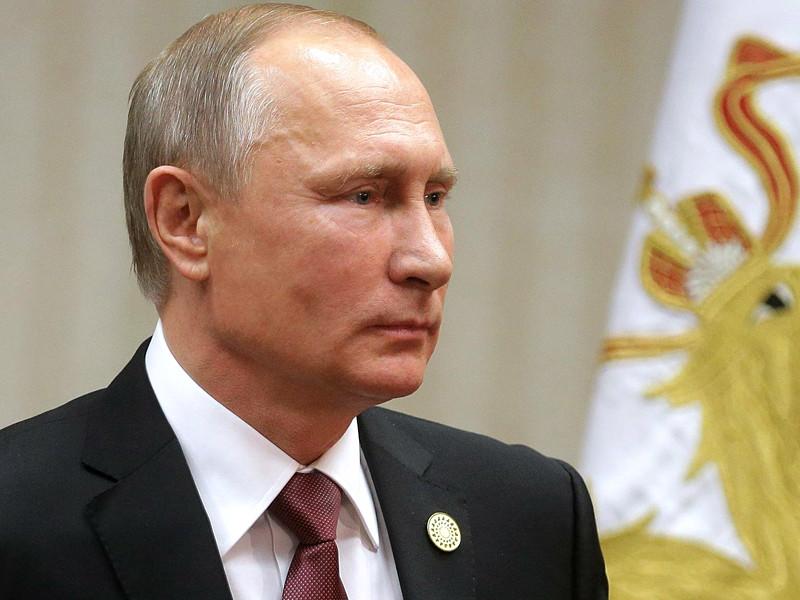 """Данные ноябрьского опроса """"Левада-центра"""" показали, что деятельность Владимира Путина на посту президента России не одобряют лишь 14% россиян, а одобряют 86%, что является самым высоким результатом с 2008 года"""