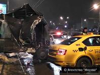 Пьяный украинец на фуре протаранил шесть машин в Москве