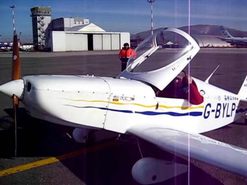 Британский летчик, экстренно севший на Сахалине, продолжил кругосветное путешествие