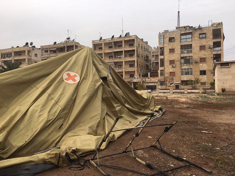 Мобильный госпиталь министерства обороны РФ в Алеппо после обстрела