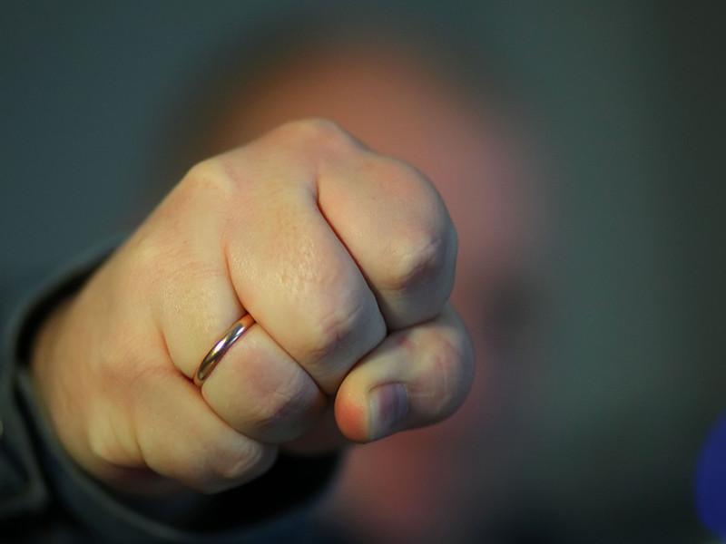 Против перевода семейного насилия в разряд административных преступлений выступает половина женщин России