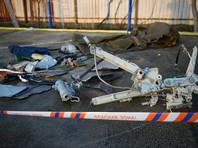 К четвертому дню поисковой операции водолазы подняли со дна 2 самописца, 17 тел погибших, 12 крупных и 1547 мелких фрагментов Ту-154