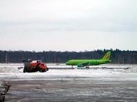 В столичных аэропортах из-за метеоусловий отменены около 50 рейсов и десятки задерживаются