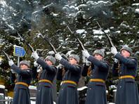 Караул во время отдания воинских почестей на церемонии похорон посла России в Турции Андрея Карлова на Химкинском кладбище