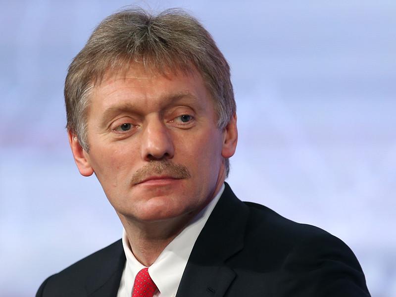 Пресс-секретарь президента Дмитрий Песков прокомментировал заявление оппозиционера Алексея Навального о том, что власти посредством судебных процессов намерены лишить его права принимать участие в выборах