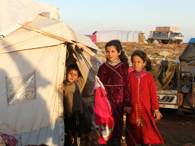 С марта 2016 года миграционные органы в своих отказах стали ссылаться на улучшение ситуации в Сирии. Чиновники рекомендуют возвращаться на родину не только мужчинам, но также детям и женщинам, в том числе беременным