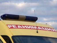 В Москве из окон домов на Новокосинской улице выпали два мальчика