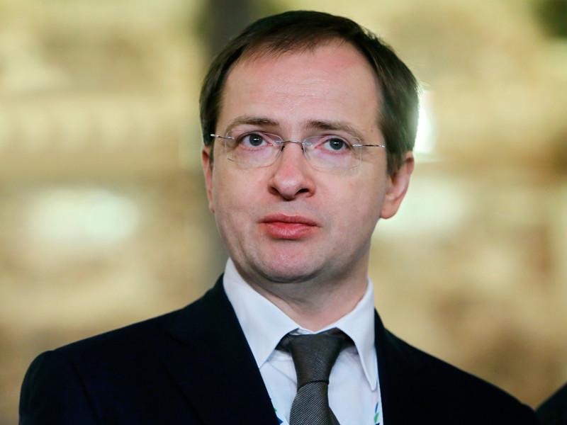 Минкульт обсуждает введение штрафов за скачивание пиратского контента, подтвердил глава ведомства Владимир Мединский
