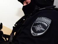 В Москве мужчина ранил из ружья троих полицейских, захватил заложницу и покончил с собой
