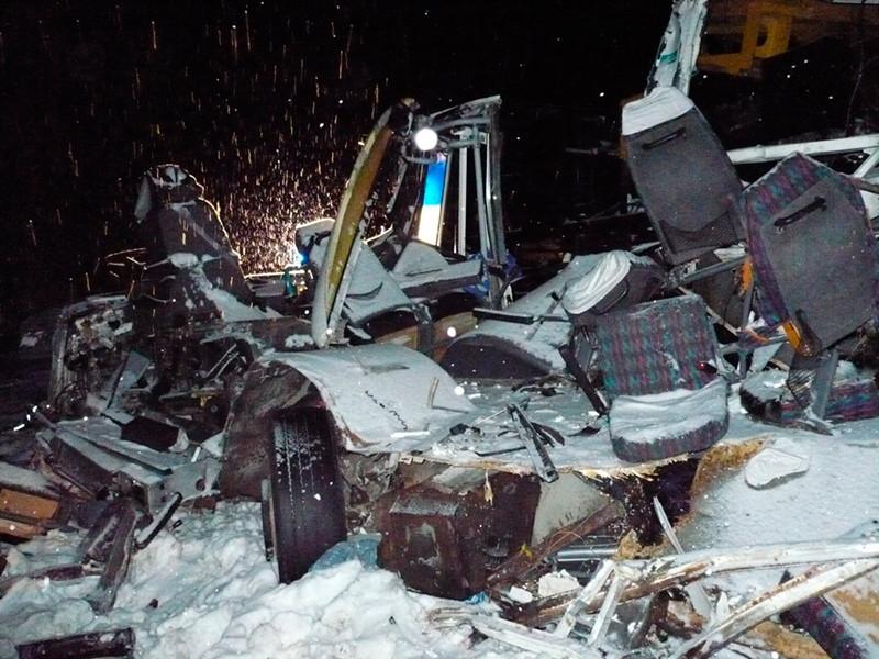 В ХМАО разбился автобус с детьми: десять человек погибли