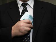 """Россияне ждут от 2017 года новых коррупционных разоблачений и громких отставок чиновников, выяснил """"Левада-Центр"""""""