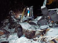 В ХМАО разбился автобус с детьми: 12 человек погибли