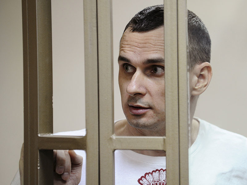 Украинский режиссер Олег Сенцов, приговоренный в России к 20 годам лишения свободы, был осужден не за свои убеждения или творчество, а за терроризм