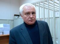 Экс-глава Роспечати Борис Миронов в Басманном суде Москвы после оглашения приговора, 22 декабря 2016 года