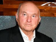 Лужков опроверг слухи о своей клинической смерти - у него воспаление легких