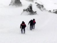 Спасательная операция проходила в сложных погодных условиях на высоте 5300 метров