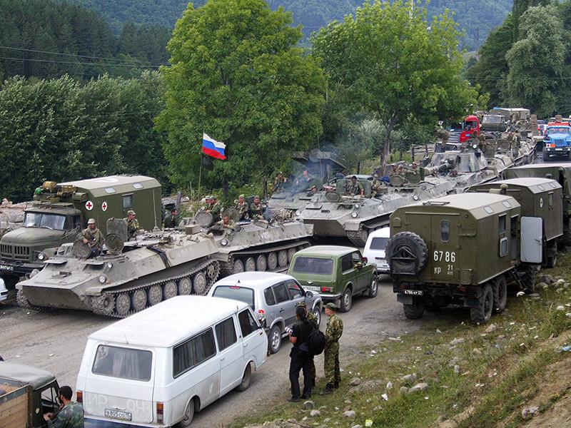 Ряд людей были осуждены из-за SMS-сообщений, отправленных в 2008 году, незадолго до войны с Грузией, своим знакомым о перемещении российской военной техники, хотя техника перемещалась открыто и ее видели многие