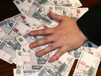 Уральский экс-судья, вымогавший у нотариуса 6 млн рублей, уехал из России