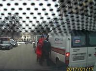 В Петербурге возбуждено дело после нападения с ножом на водителя скорой помощи