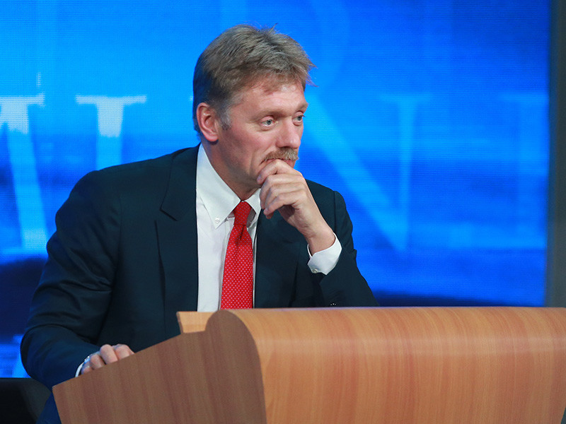 Пресс-секретарь главы государства Дмитрий Песков уже заявил, что снимок мог быть сделан на приеме в Кремле 9 декабря прошлого года