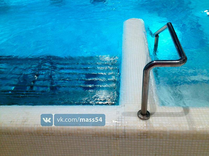 """В недавно открывшемся новосибирском аквапарке """"Аквамир"""" произошло ЧП: ребенок застрял в одном из бассейнов развлекательного заведения, сообщает Муниципальная аварийно-спасательная служба (МАСС) города"""
