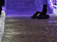 В уральском городе Серове возбудили дело из-за ледяной горки, покалечившей 40 человек