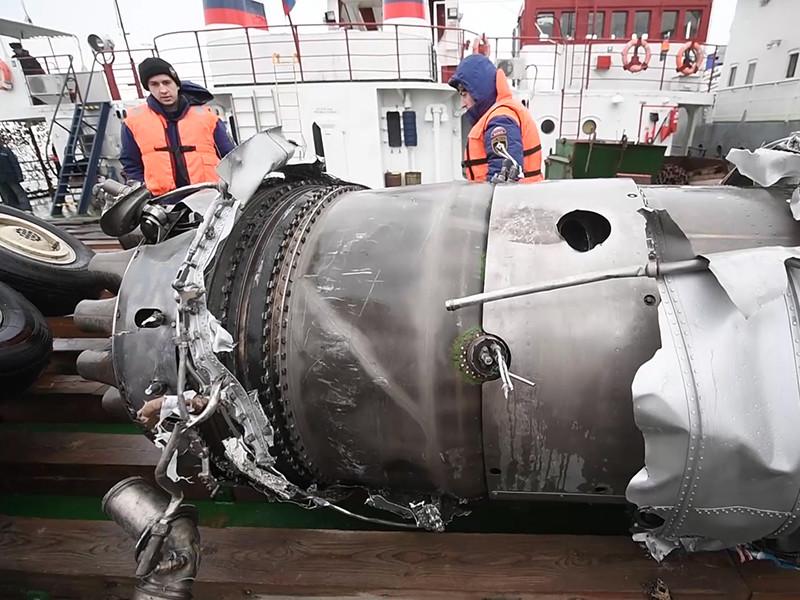 """Расследование катастрофы Ту-154 """"забуксовало"""" из-за проблем с расшифровкой устаревших черных ящиков"""