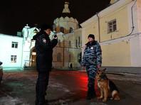 Более 50 тысяч полицейских обеспечивают охрану порядка на праздновании Рождества в России
