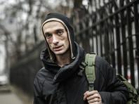 Полиция отказалась возбуждать против Павленского дело об избиении актера, заявила адвокат