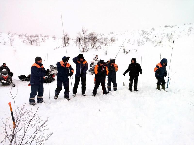 Неподалеку от места схода лавины в Мурманской области проводились взрывные работы
