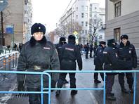 В то же время большинство россиян (57%) удовлетворены работой властей в правоохранительной сфере. Недовольны всего 29%