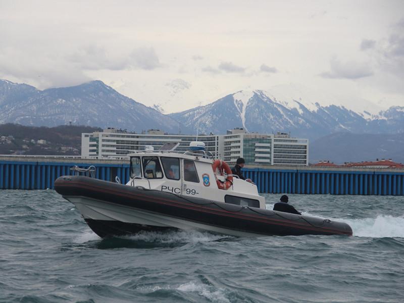 Специалисты в течение двух дней обследовали найденный самолет и боеприпасы и затем начали подготовку к ликвидации авиабомб в акватории Черного моря