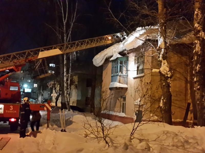 В Томске обрушилась кровля жилого двухэтажного дома