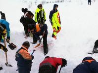 В Мурманской области лавиной накрыло группу туристов: два человека погибли