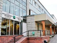 Из новосибирской больницы, где няня привязала малыша к кровати, уволилась главврач