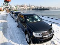 Автомобили, прибывшие на одном из судов из Японии, во Владивостокском порту