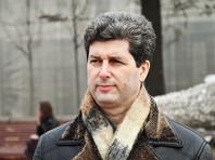 Полицейские пришли с обыском к активисту Гальперину и увезли его на допрос в ФСБ