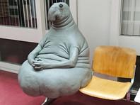 Якутский скульптор слепил из навоза Ждуна в надежде заработать