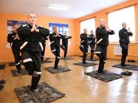 Омских заключенных перевоспитывают йогой (ФОТО)
